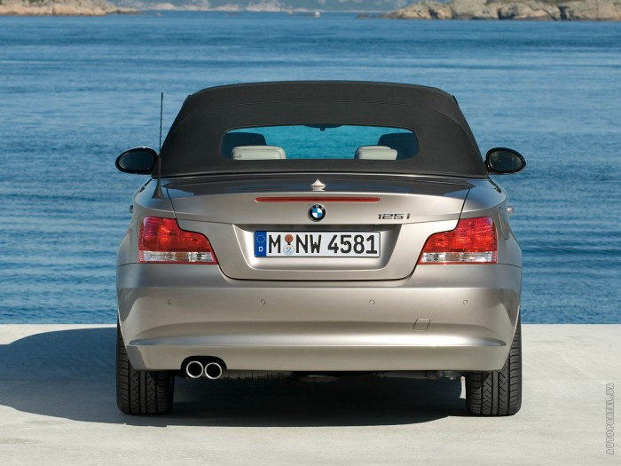 BMW 1 Series Cabriolet – фотография 1