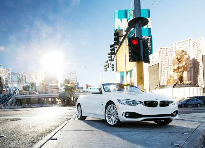 BMW 4 Series Convertible – фотография 1