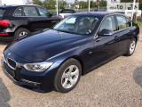 BMW 320i Luxury Line                                              2012