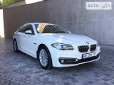 BMW 525i Luxury                                            2014